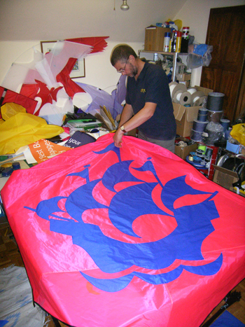 Cutting out the applique on the Blue Peter Rokkaku Kite